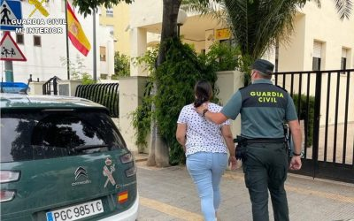 La Guardia Civil detiene a un grupo de ladrones «cogoteros»