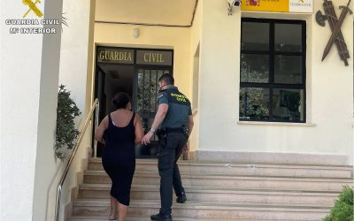 Detenida una trabajadora de una residencia de Calp al sustraer 10.000 euros a una nonagenaria